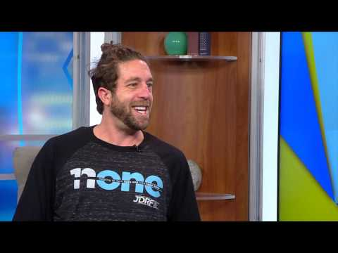 Superstar Elliott Yamin returns to VTM