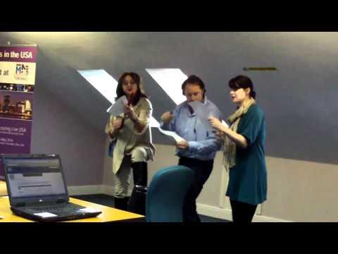 Rapid News Does Karaoke