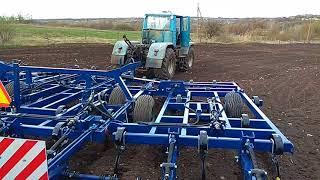 Трактор т-150+кпп 6,9 Урожай.  Культиватор производства Ореховсельмаш.  Пробный выезд. Заглубил.