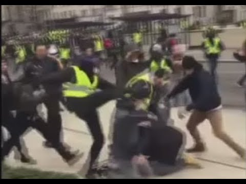 'Yellow Vests' protesters attack journalists during demonstrations in Rouen