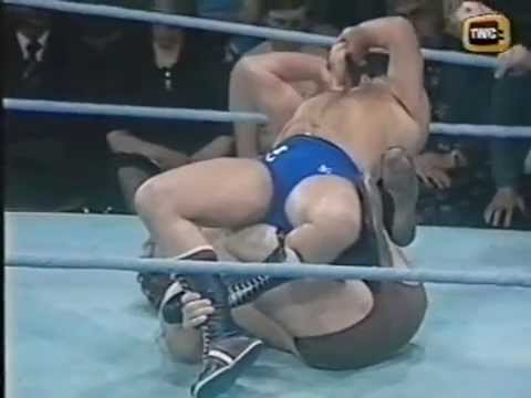 Pat Roach v Tony St Clair (world of sport)