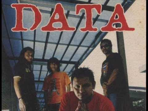 Data - Permaisuri Lyrics / Lirik