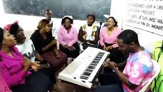 Jésus Tu es Puissant- les Semeurs de Libreville/ Deborah Lukalu