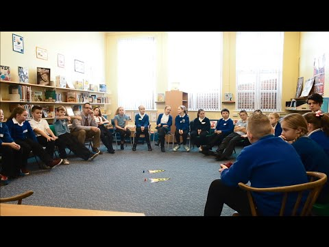 The Spaceship of Theseus: Philosophical enquiry with primary children