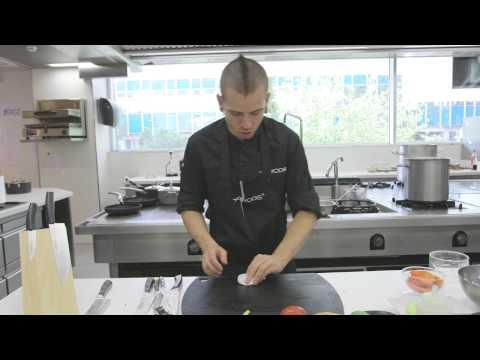 2. Ensalada de pasta. '20 platos de Andrés Iniesta cocinados por David Muñoz'