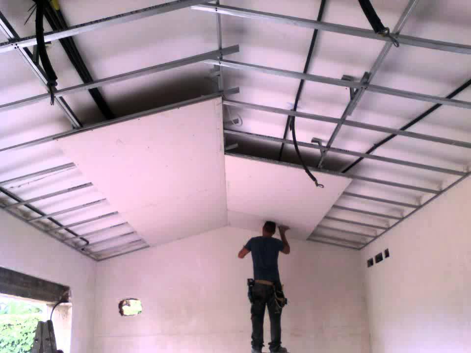 Techo pladur a dos aguas youtube for Como poner chirok en el techo