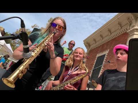 video:BNM's Fuzz covers