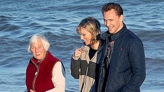 Taylor Swift Meets Tom Hiddleston's Family! (ADORABLE PICS)