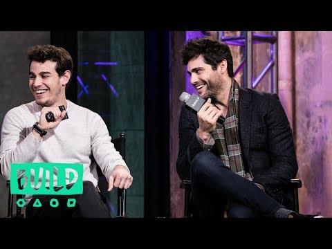 Matthew Daddario And Alberto Rosende Discuss The Clary/Jace/Simon Love Triangle