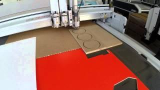 Vidéo Fraisage MDF 19 mm sur machine Zund par Grafitroniks