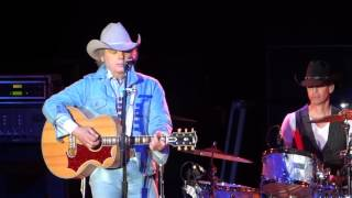 Dwight Yoakam: This Drinkin