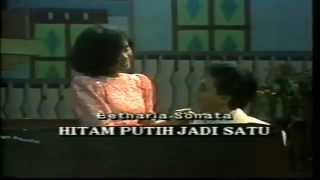 Betharia Sonatha - Hitam Putih Jadi Satu (Original Video Clip & Clear Sound)