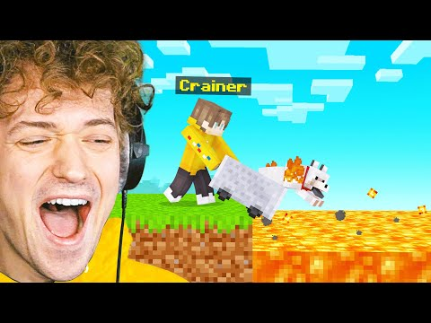 I TROLLED SLOGO'S PET In Minecraft! (Bee Town)