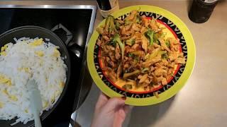 Рисовая лапша, обжаренная с яйцом, курицей и брокколи. Рецепт.
