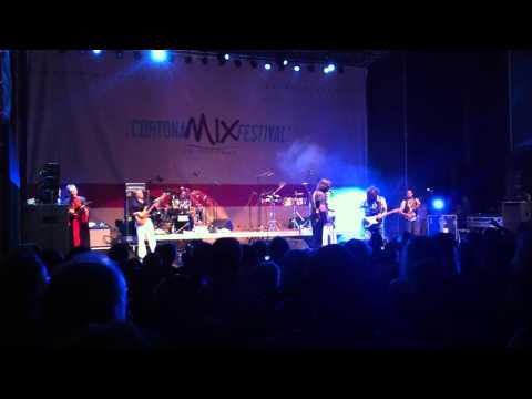 Emir Kusturica & No Smoking Orchestra - Bubamara at Cortona Mix Festival 2012