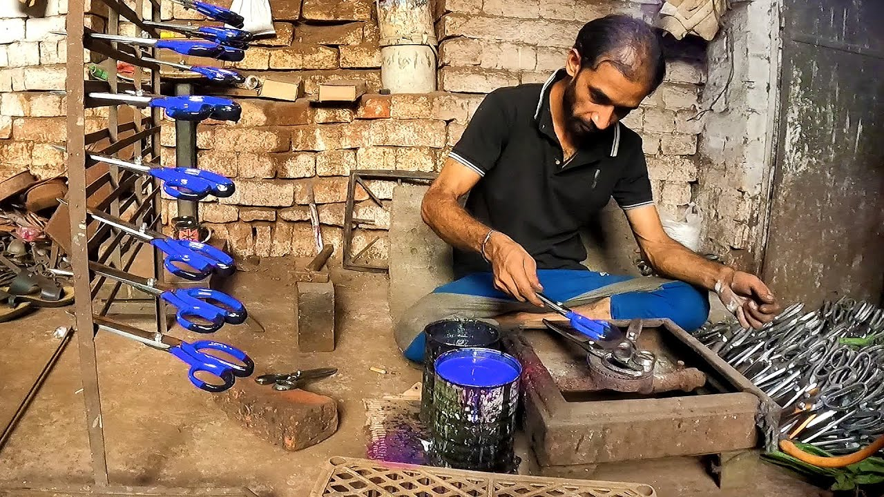 Indigenous Process Of Making Cloth Scissors