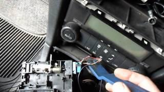 видео Zed-FULL - OBD - Renault Logan 2010 год (программирование ключей)