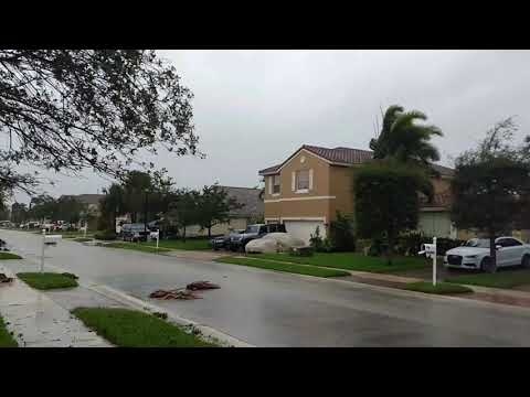 Hurricane Irma - Pembroke Pines 9/10, 11:50 am(2)