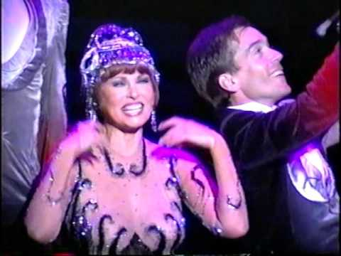 "Raquel Welch ""Victor/Victoria""-""Le Jazz Hot"" beginning"