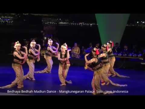 Bedhaya Bedhah Madiun Dance - One of the Best Traditional Dance of Java (Solo, Indonesia)