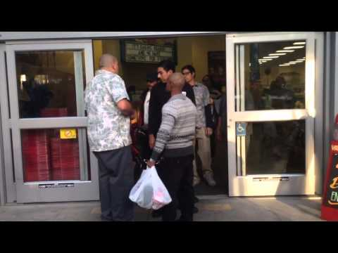 Angry customer at Hollywood Trader Joes