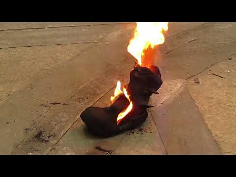 Rock Fall Vulcan Foundry Safety Boots | CMF | William Lee | Tested to Destruction