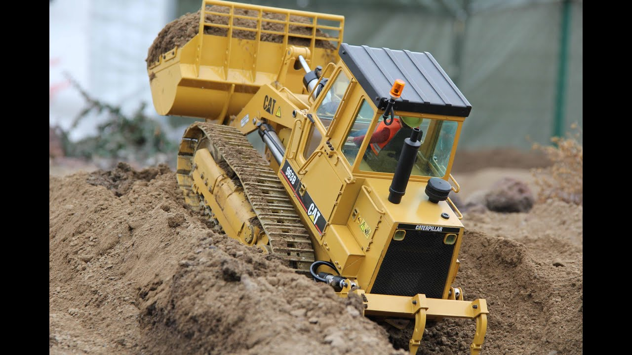 Rc Caterpillar 963b Track Loader At The Rc Construction