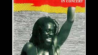 DENNIS BROWN -  REVOLUTION - REGGAE.wmv