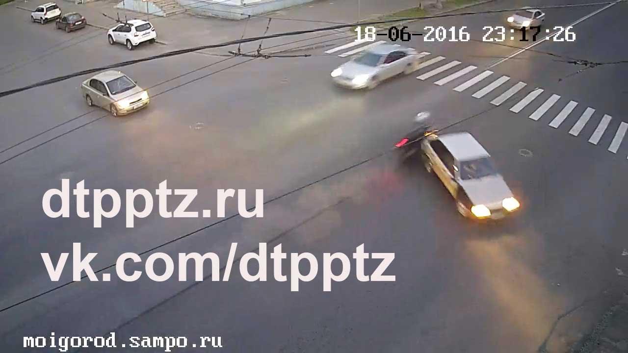 ДТП на Вознесенской