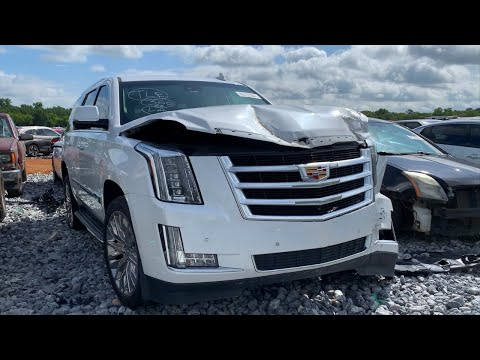 THE GUY CAME BACK UP TO COPART & TOOK HIS 26 INCH FORGIATO'S OFF HIS CADILLAC ESCALADE!