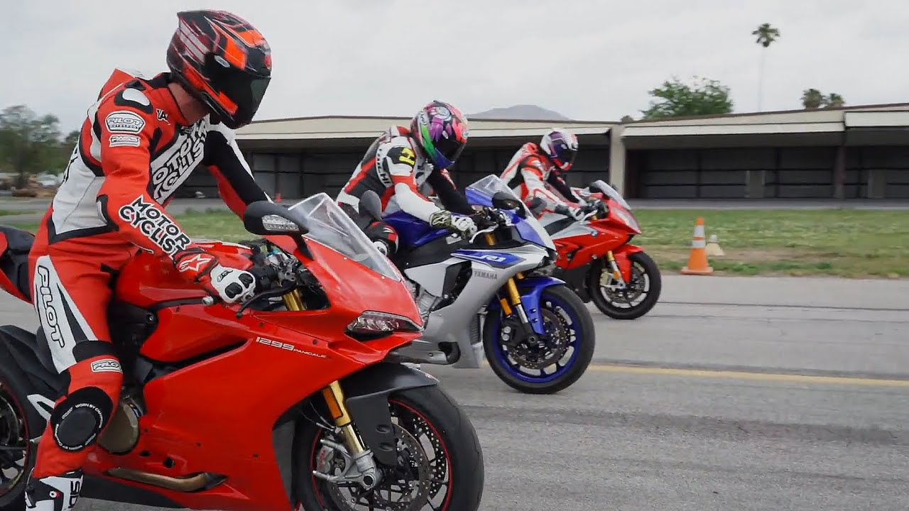 2015 SUPERBIKE DRAG RACE BMW S1000RR Vs Ducati 1299 Panigale S Yamaha YZF R1