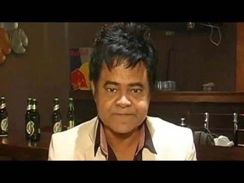 The present generation has only seen dancing behind trees in films: Sanjay Mishra