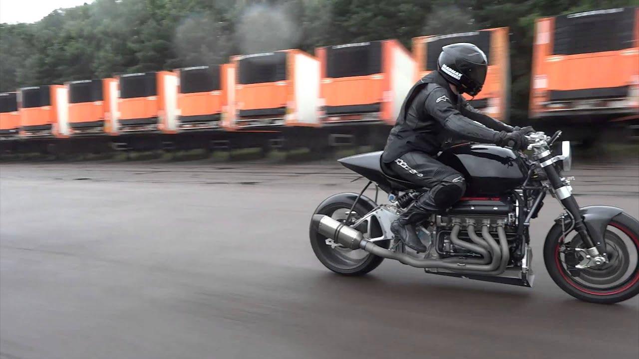 hight resolution of eisenberg v8 motorbike