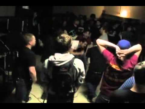 EMMURE - When Keeping It Real Goes Wrong LIVE (HD) + Lyrics