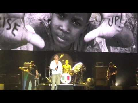 World Peace is None of Your Business - Morrissey (Roxy Fest Guadalajara)