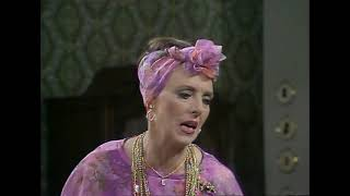 Download lagu George and Mildred: Meet Ethel and Humphrey | Mildred's etiquette lessons 101