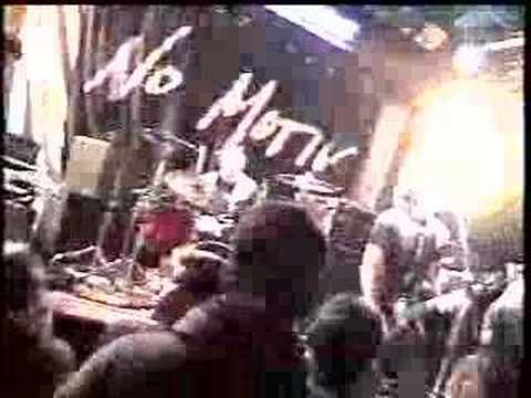 No Motiv - Live at The Troubadour (2004)