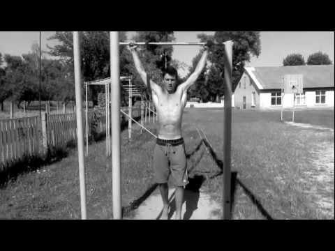 Best workout  Парень на турнике в 14 лет