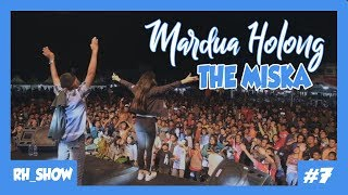 [5.77 MB] THE MISKA nyanyi MARDUA HOLONG pecahhhh di Balige...!!!