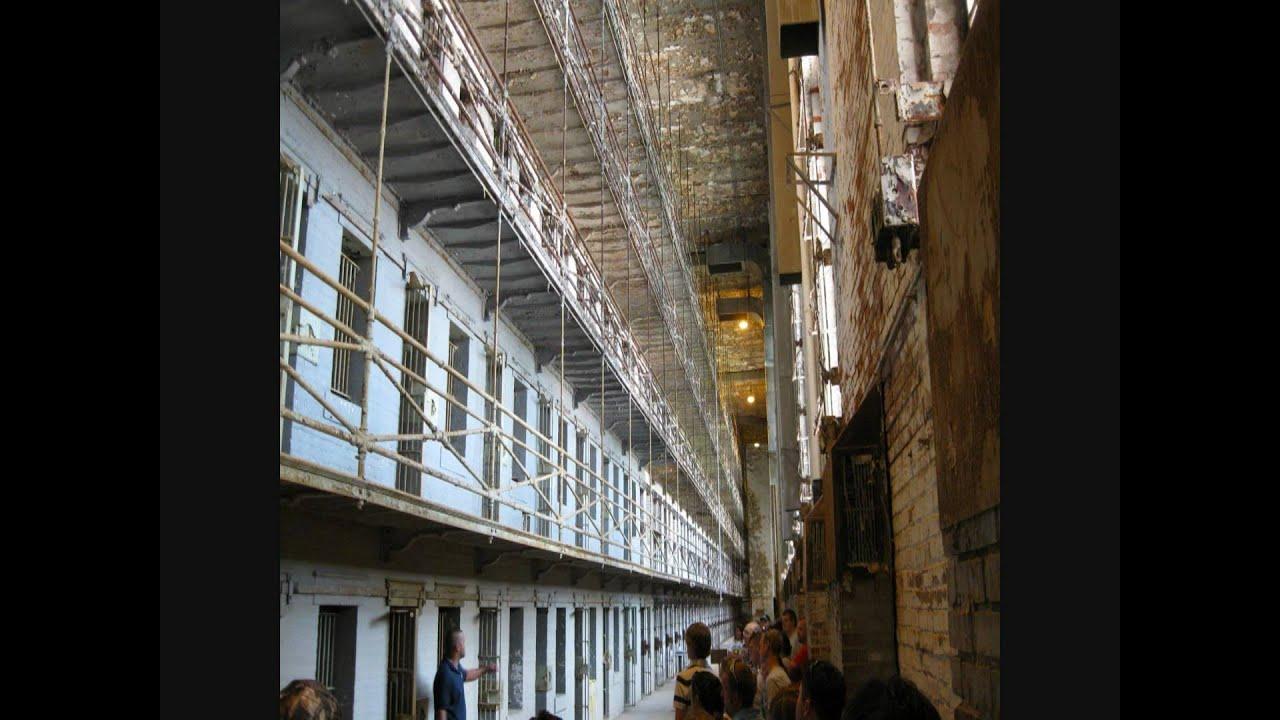 Shawshank redemption prison community