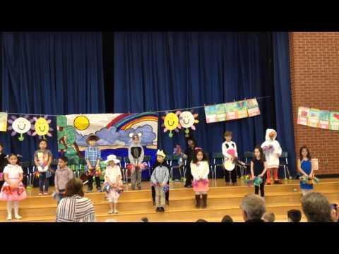 Showtime in Kindergarten - Washington Drive Primary School