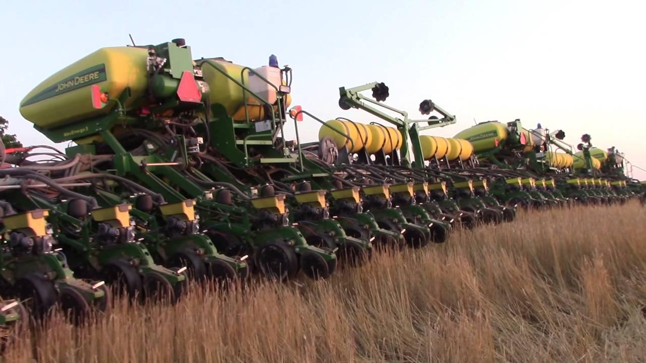 160ft Of John Deere Corn Planters Youtube