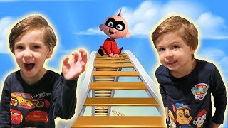 INCREDIBLES 2 Pretend Play Jack Jack Dash & Violet at Amusement Park with Chase and Cole Adventures