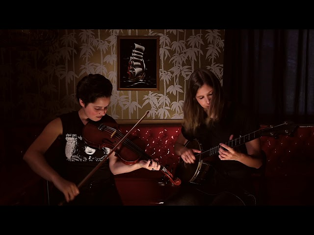Allison de Groot & Tatiana Hargreaves--Buffalo Gals