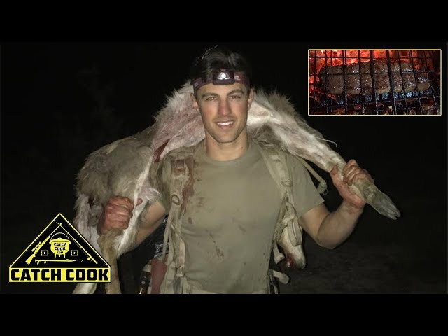 Man Alone Mountain Reedbuck Hunt [Catch Cook] South Africa