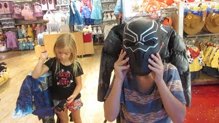 🐯NEW DISNEY STORE HALLOWEEN COSTUMES FOR KIDS👸 | BLACK PANTHER & DESCENDANTS COSTUMES | DYCHES FAM