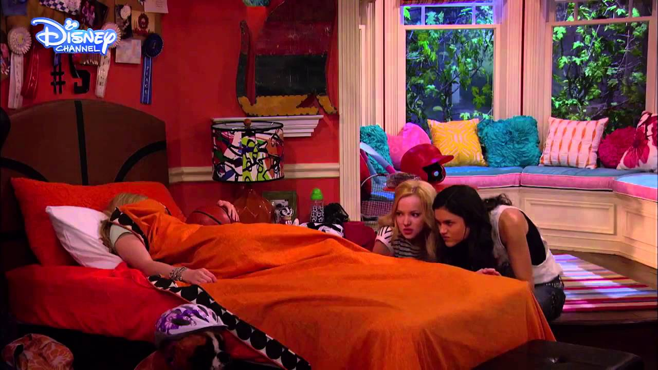 Liv And Maddie The Bracelet Youtube