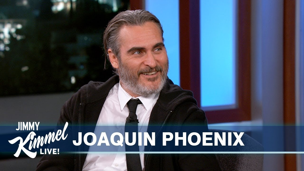 Talk-show joker Joaquin Phoenix is at it again