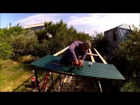видео: Как построить сарай совмещённый с душем