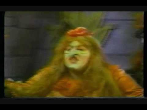 Cass Elliot  PufNstuff Movie W/ Martha Raye & Billie Hayes